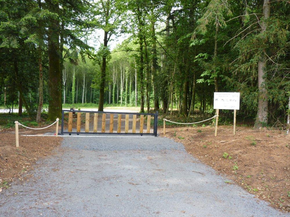 Aire camping-car à Comblessac (35330) - Photo 1